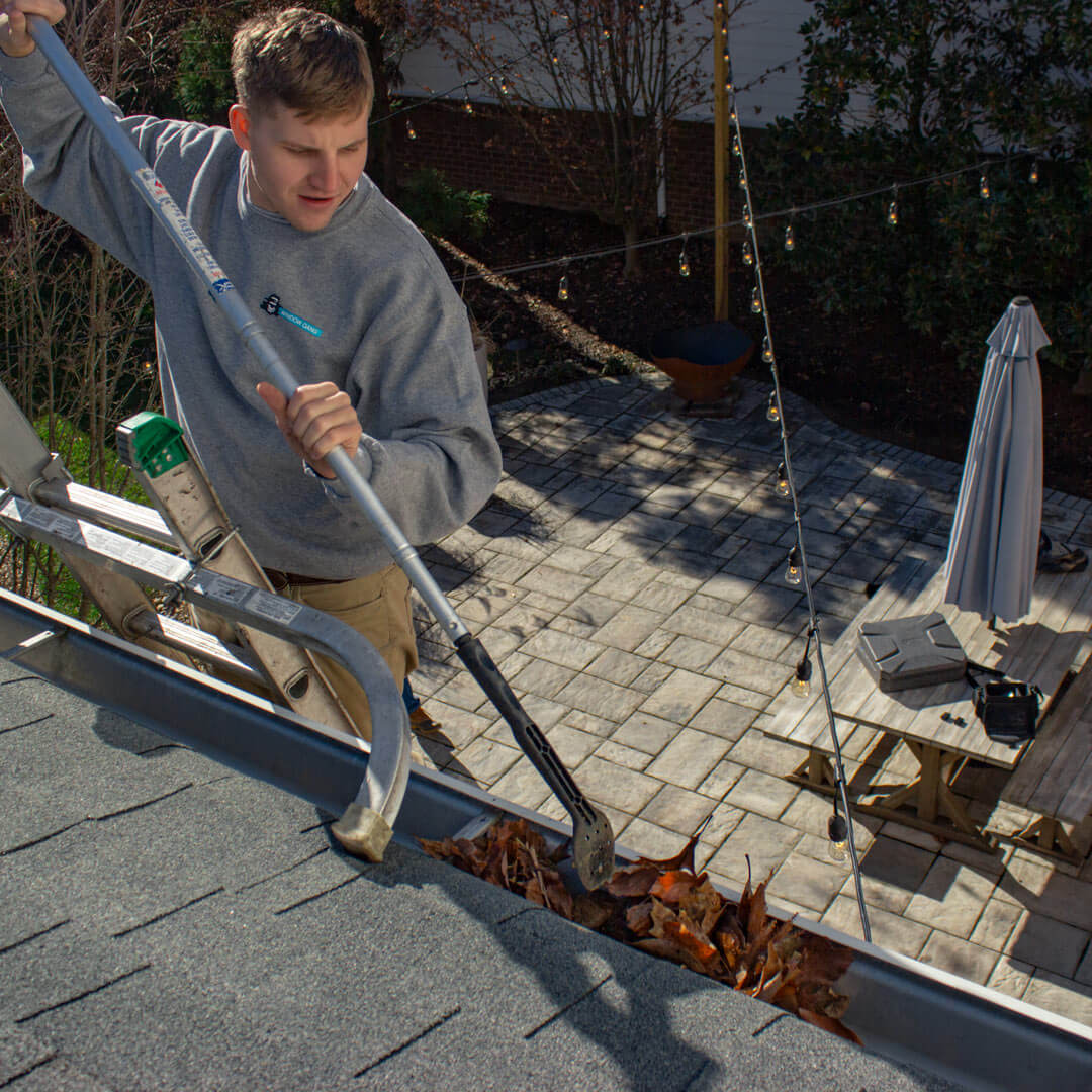 2 Benefits of Residential Gutter Cleaning